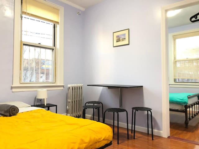 Amazing 2 rooms in 1 just 15 minutes to Manhattan!