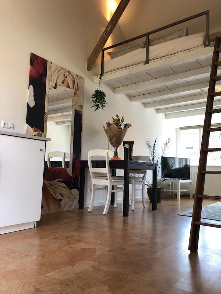 Appartement in de stad - balkon & vide
