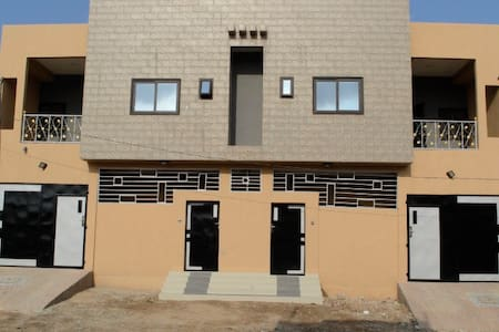 Maison Meublè à louer à Lomé quartier Sagbado