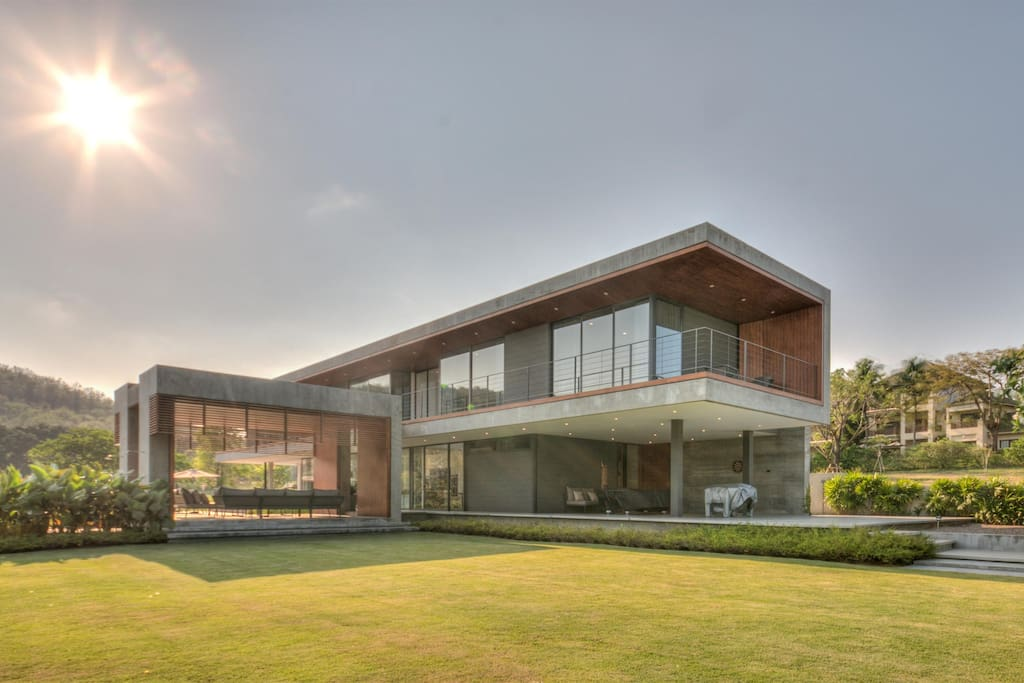 Modern Home With Manicured Gardens