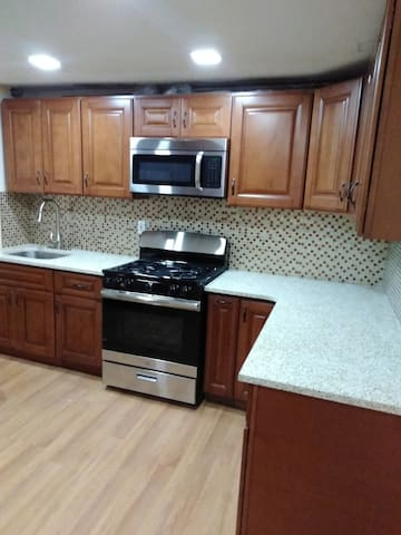 Dvine Home,  5 Minutes from JFK, FREE parking