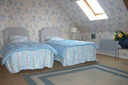Chambre Du Bellay - 2 lits simples - Semblançay
