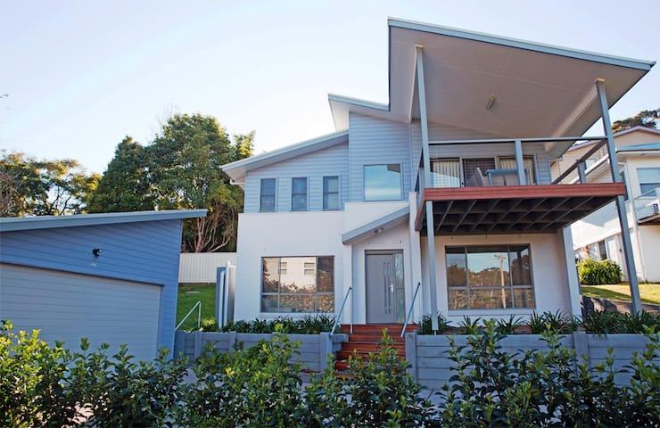 Amooran Beach House - Narooma - Ev