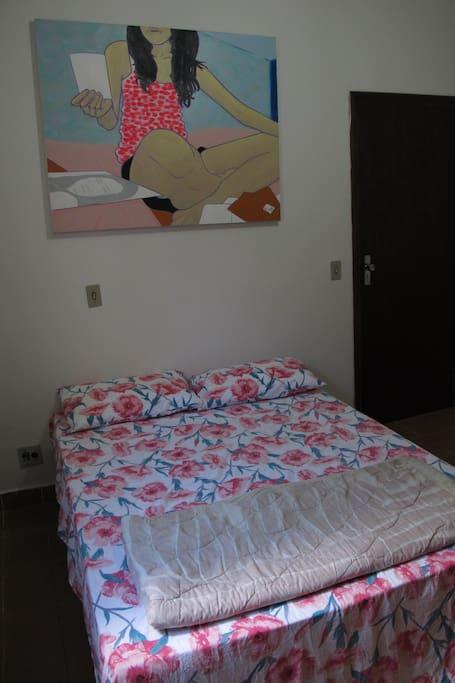 Quarto confortável Cozy bedroom