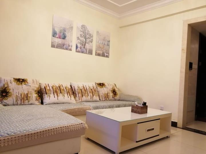 蚌埠龙湖公园恒大御景湾一室一厅住宅可短租