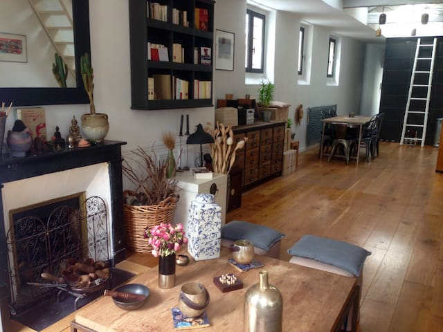 Appartement parisien de charme, esprit loft