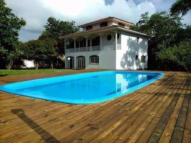 Casa com piscina cachoeira B. Jesus