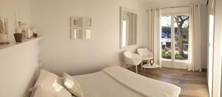 2 Chambres d'Hôtes de charme au cœur du Luberon(M)