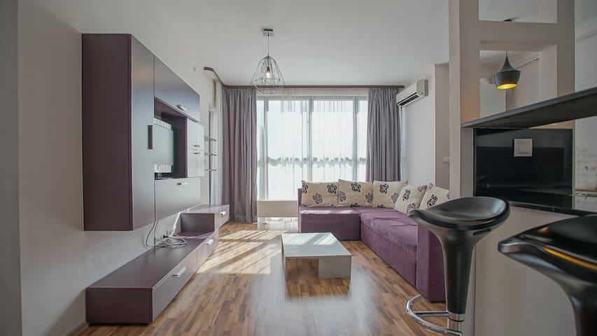 Twins Apartments Violet