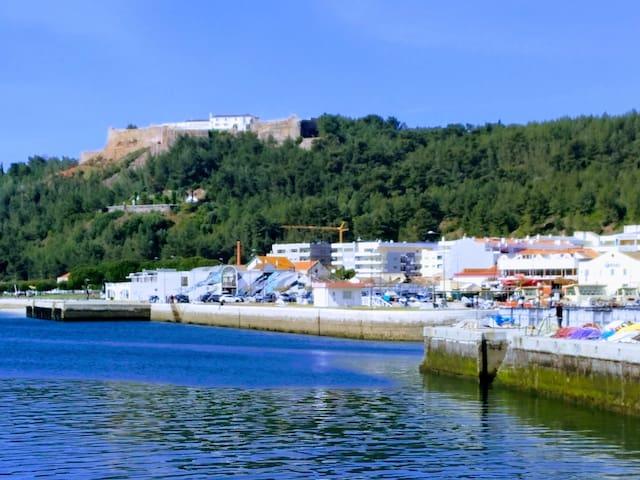 CASA Típica® Setúbal Beach*Tróia a 10 minutos ; )