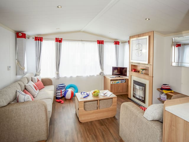 Holiday Home Thornwick Bay for 8 persons