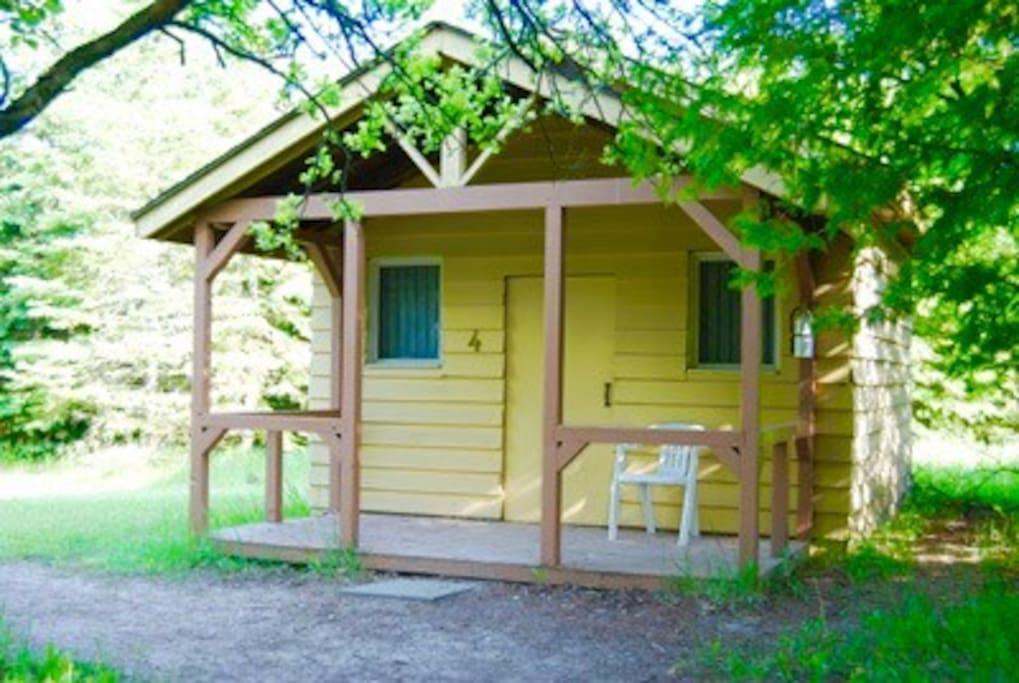 Cabin accomidations