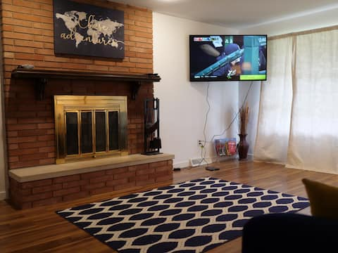 Cozy, spacious home close to downtown & Notre Dame