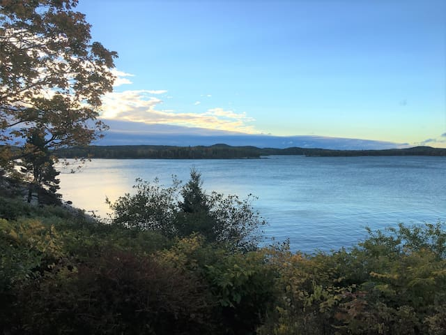 Sweeping Views with Private Beach in Castine - Castine - Rumah
