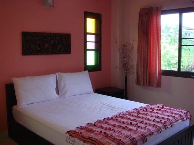 ห้องพักใกล้ใจกลางเมืองกระบี่ - ตำบล ปากน้ำ - Bed & Breakfast