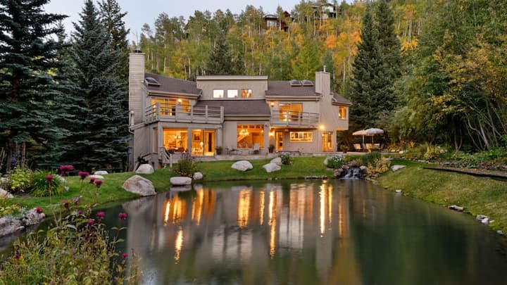 Escape to the ultimate ski in/out Snowmass mountain home just a short distance from Snowmass core!