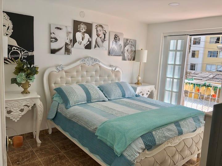 Hermosa habitación privada en excelente barrio