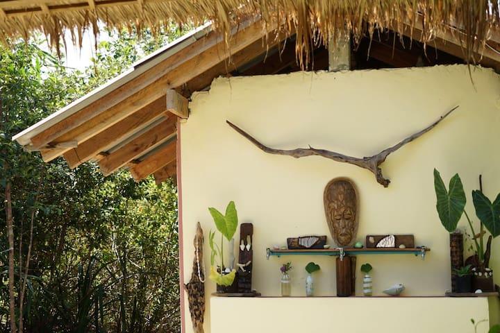 Easyglamp Private Room on Saracen Bay