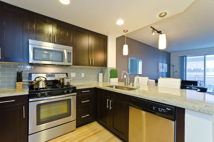 Everything within walking distance! - Los Angeles - Apartment