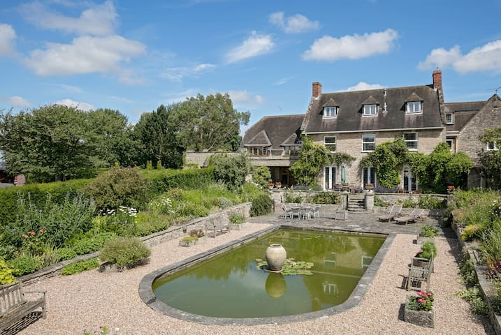 Country house near Stratford, Warwick, Leamington