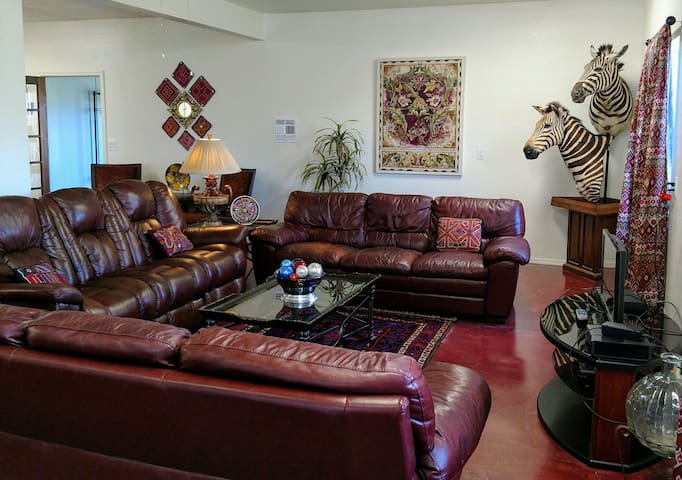 3 full sized couches! the center couch has 2 zero gravity recliners!
