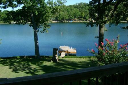 # 6337 The 3-Bedroom On Lake Thunderbird