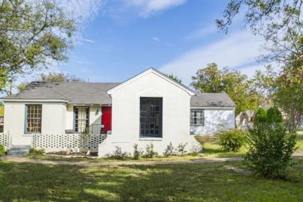 Oak Cliff Cozy Cottage Bishop Arts Houses For Rent In Dallas Texas United States