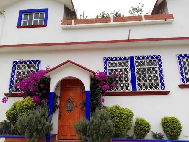 """Villa """"Los Dragos"""""""