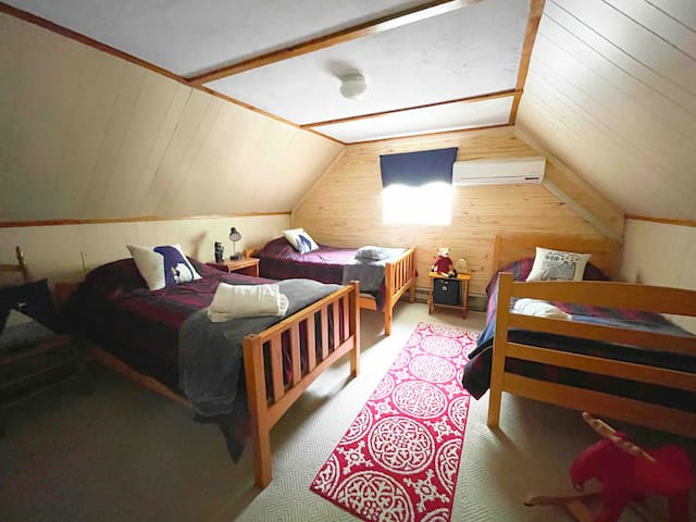 Triple twin room with toys for the little ones