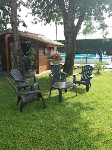 Jolie maison avec piscine à Onesse et Laharie