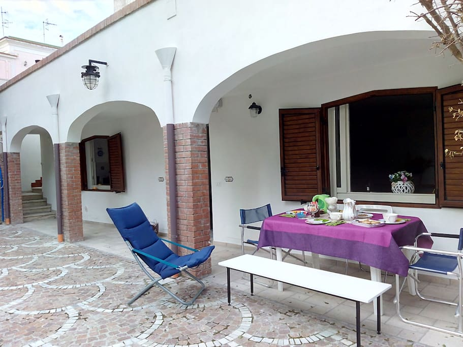 Ensemble casa con giardino case in affitto a procida - Casa con giardino milano ...