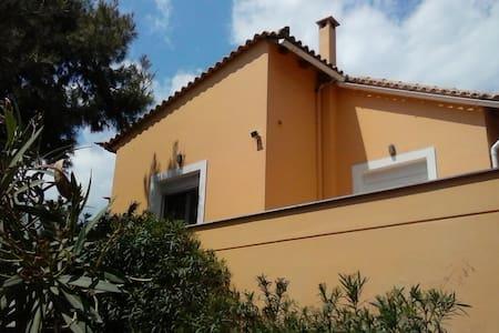 Guest house near Marathon - Grammatiko - Apartment