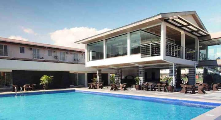 1BR, Pacific Coast Residences, Las Pinas City