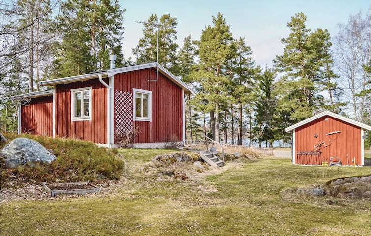 Holiday cottage with 1 bedroom on 49m² in Norrtälje