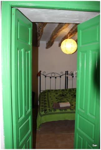 Deur eetkamer-slaapkamer