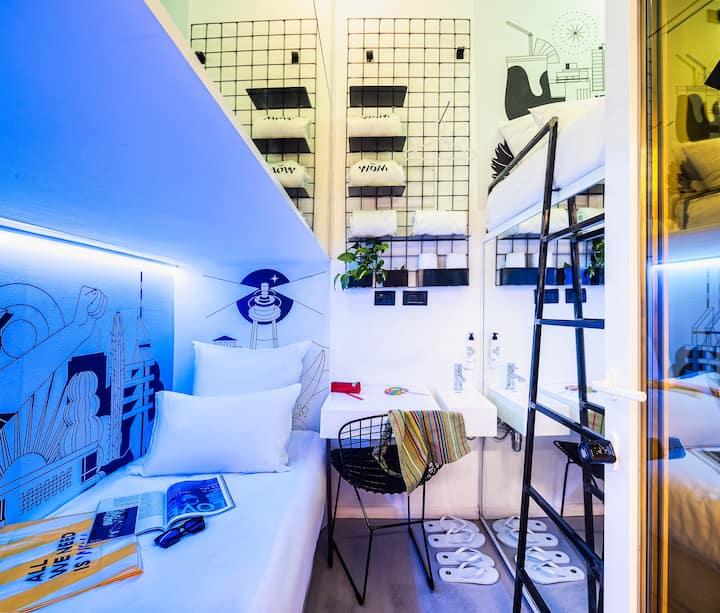 Twin Pod-Room in the heart of Tel-Aviv