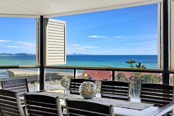 Point Break - Kirra Beachhouse