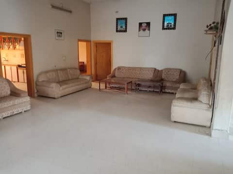Paradise home,privacy,near national high way, peac