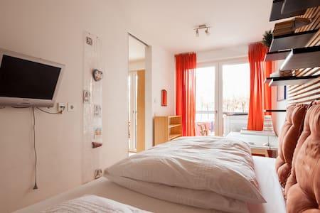 Zimmer im Gärtnerplatzviertel - Lägenhet