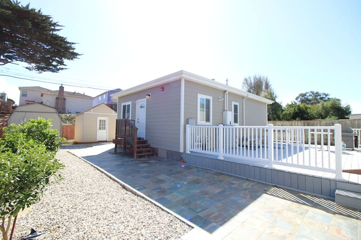 Modern Guesthouse with 2BR  in South San Francisco