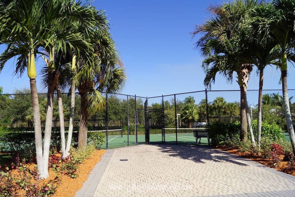 Greenlinks Tennis Courts
