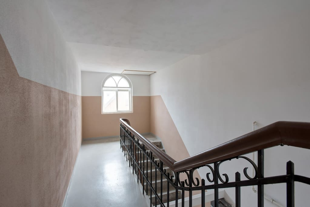 Common spaces/entrance hall