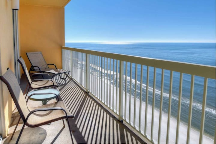 Calypso 2BR/Bunk/2BA Free Wifi King Master on Gulf Free Fun Included with Rental Book Now - Panama City Beach - Wohnung