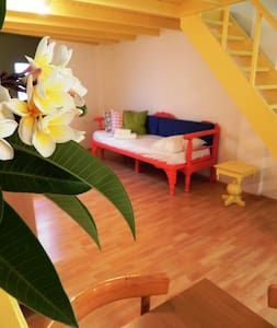 The flat with the yellow loft ! - Kissamos