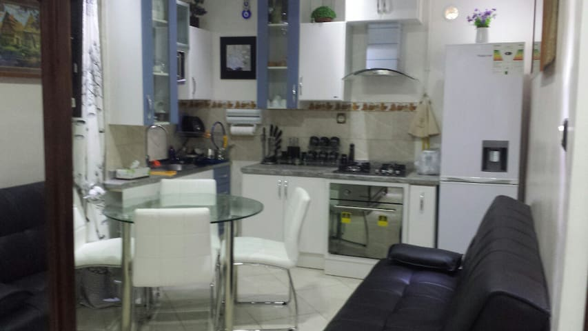 f3 equipé meublé - Chéraga - Wohnung