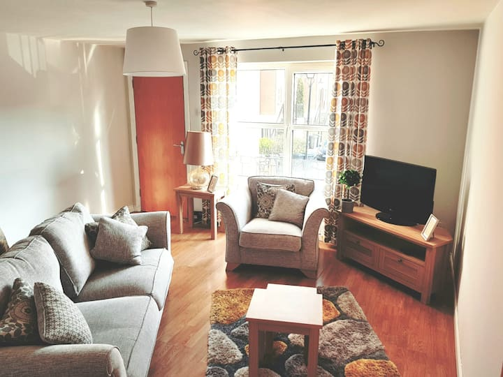 Luxury Langtry Court 5 minutes from City Centre