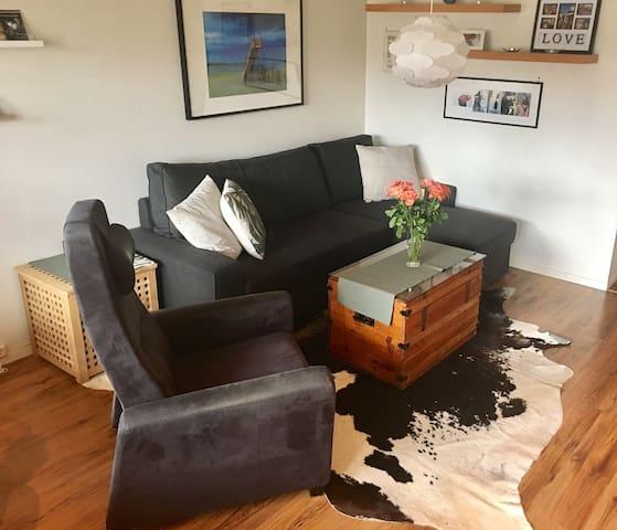 Koselig leilighet 100 meter fra sjøkanten - Grimstad - Apartment