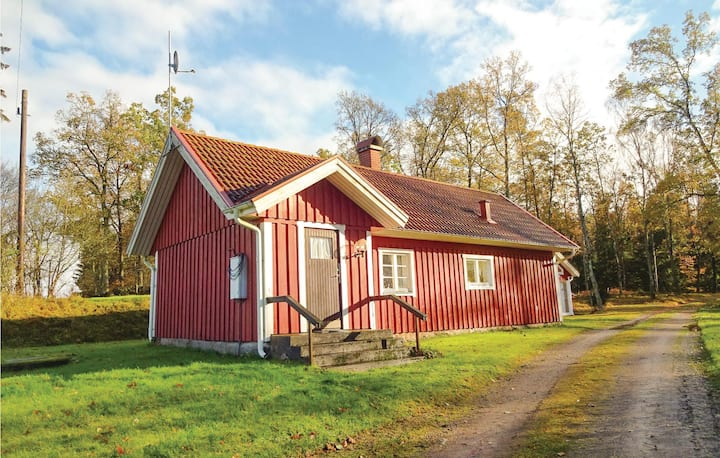 Awesome home in Hästveda with 2 Bedrooms