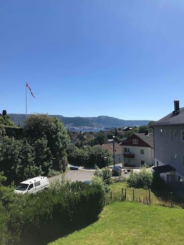 Florvåg -flott utsikt mot byen