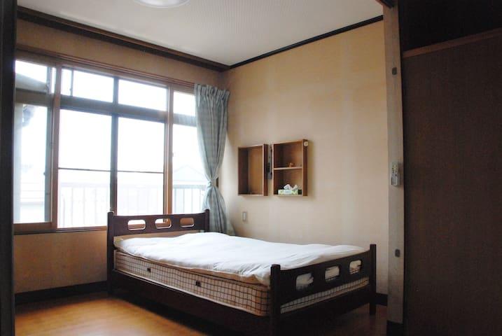 《1Room/2F Western Room》Nakaroku Aoso in Joetsu